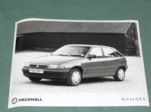 "VAUXHALL Astra GLS (K-reg)   factory issued 8x6"" press photo"